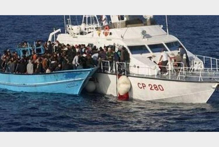 Guardia costiera oggi salvati 968 migranti nel canale di for Cronaca galatina oggi
