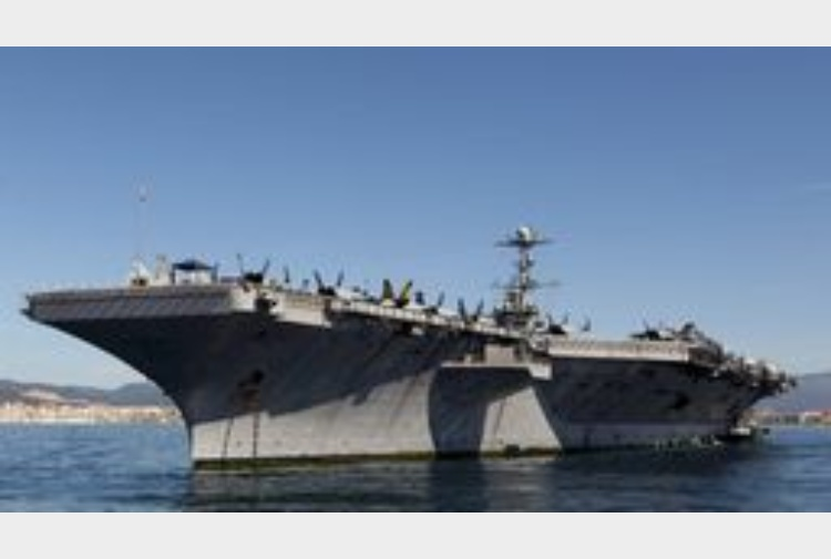 Isis 2 a portaerei usa in mediterraneo tiscali notizie - Nuova portaerei ...