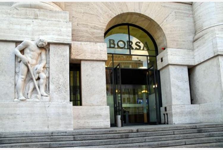 Piazza affari crolla Monte dei Paschi di Siena crici economica senza ritorno