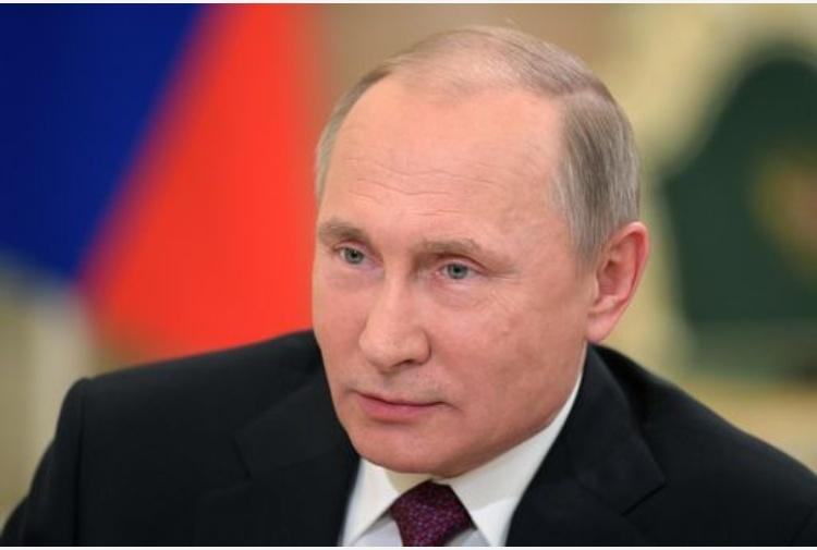 Putin ordinò interferenze campagna Usa? Cremlino: buffa idiozia