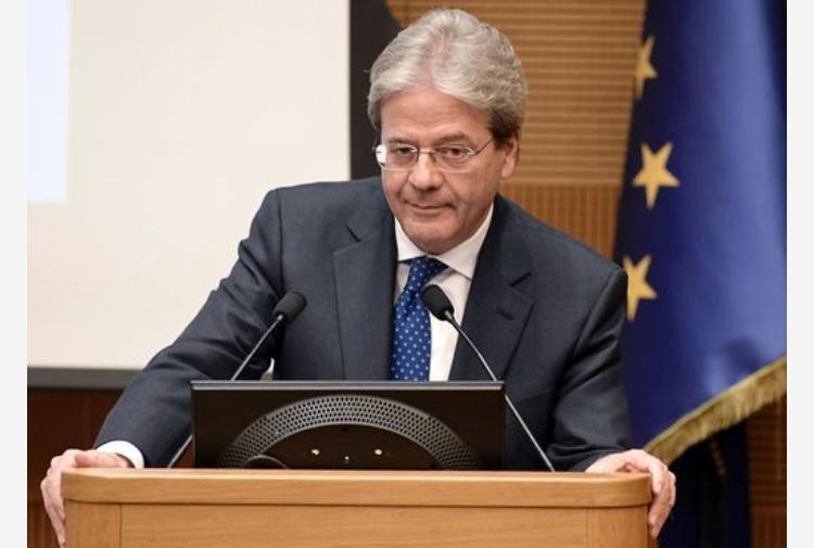 Italia in contatto con Ue per evitare procedura deficit