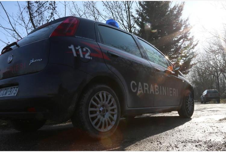 Firenze, colpi di pistola contro l'auto di un imprenditore vicino a Renzi