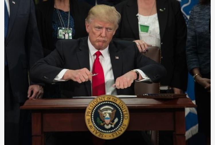 Trump: waterboarding funziona,