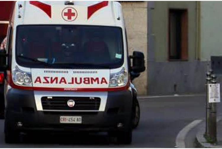Incidenti lavoro: cade traliccio a Mazara, due i tecnici morti
