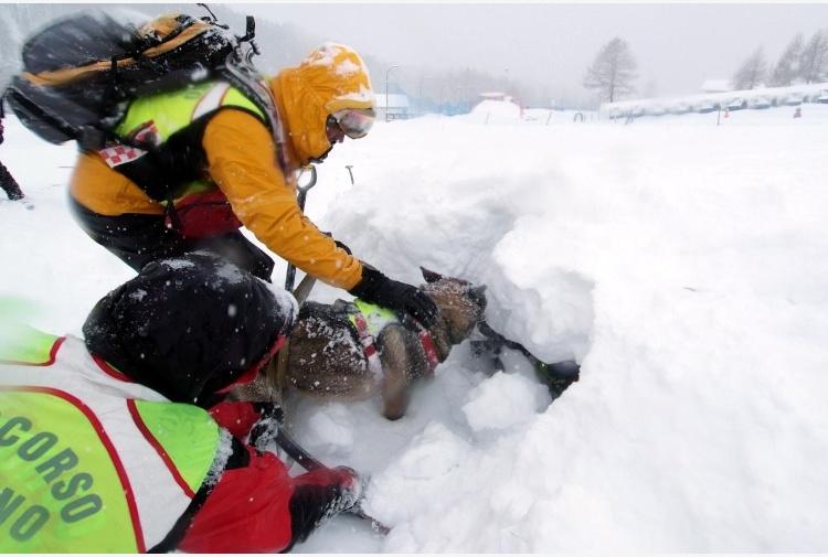 Crolla una cascata di ghiaccio a Gressoney Saint Jean, quattro morti