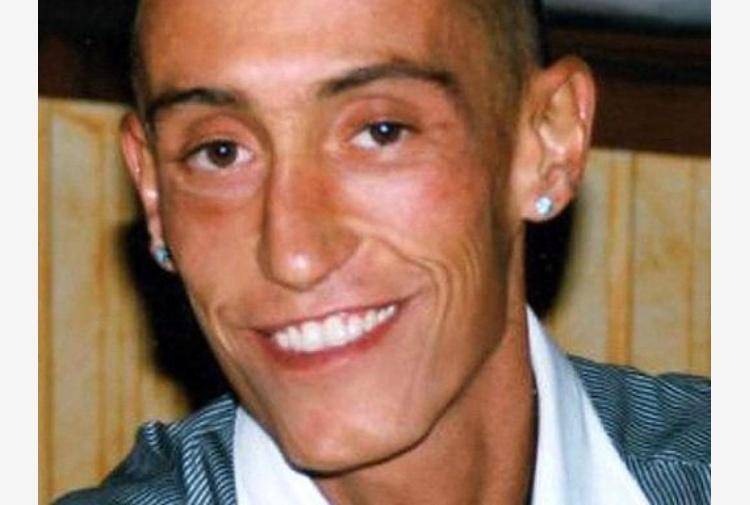Caso Cucchi: sospesi dal servizio i carabinieri accusati della sua morte