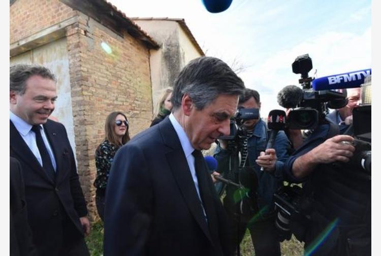Francia, Le Pen contro le