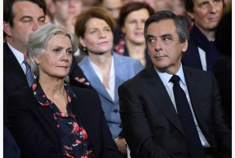 Francia, Juppé dice che non si candiderà a presidenziali