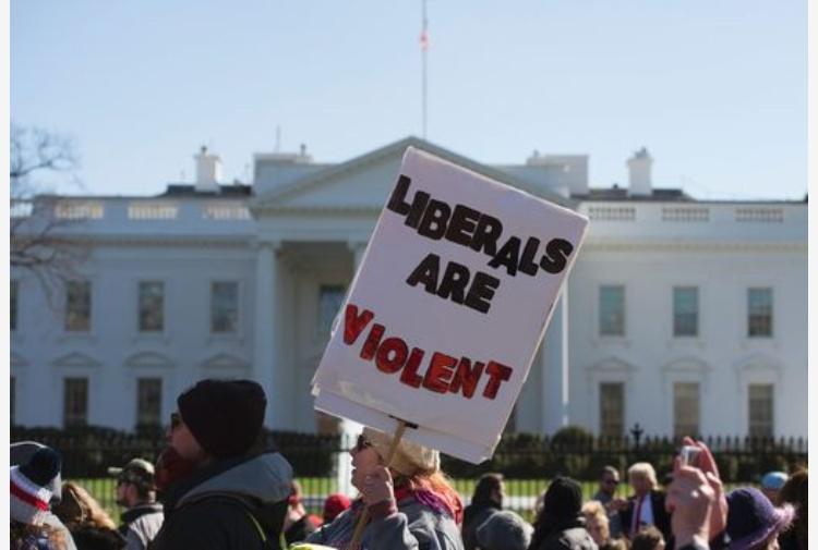Trump: bando bis firmato oggi, in vigore dal 16 marzo