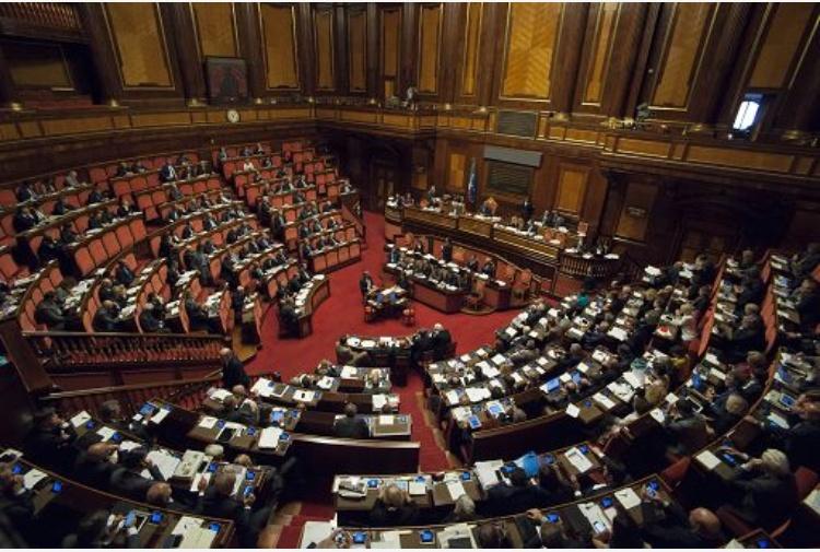 M5S ritira la sfiducia al Ministro Lotti alla Camera