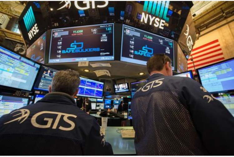 Apertura Wall Street: indici in ribasso, sussidi disoccupazione Usa in aumento