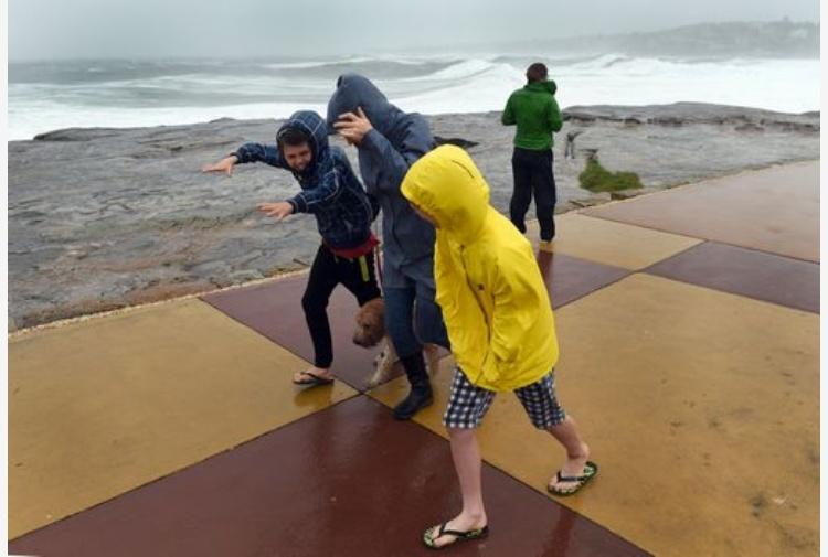 Ciclone tropicale Debbie spaventa l'Australia