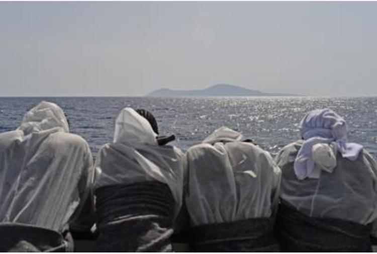 Migranti, Austria chiede di uscire dal piano di ricollocamenti della Ue