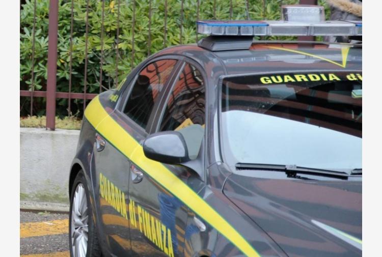 GdF confisca 1 mln e 800mila euro a evasore