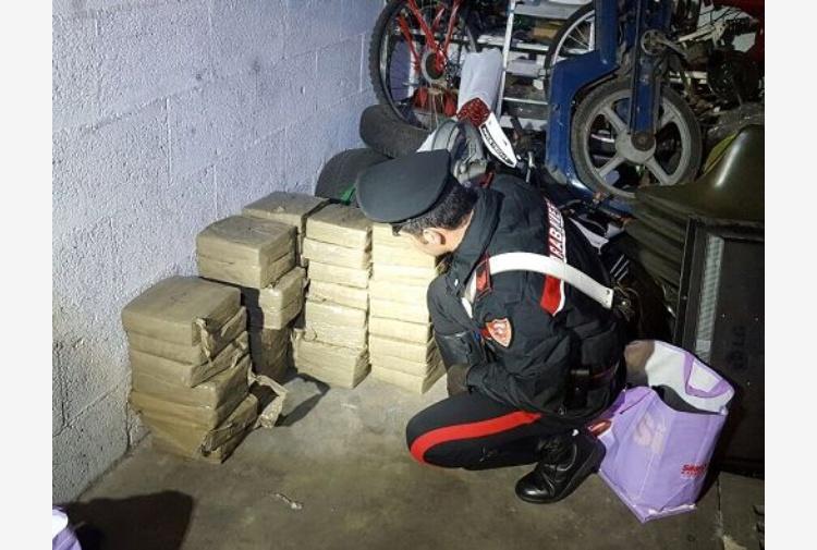 Spaccio di droga al semaforo a Castel Giubileo, arrestata 50 enne