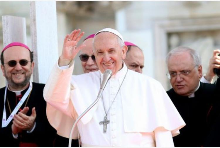 Papa deplora strage Siria, inaccettabile