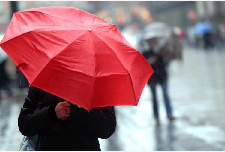 Previsioni meteo Pasqua: cambia tutto, potrebbe piovere