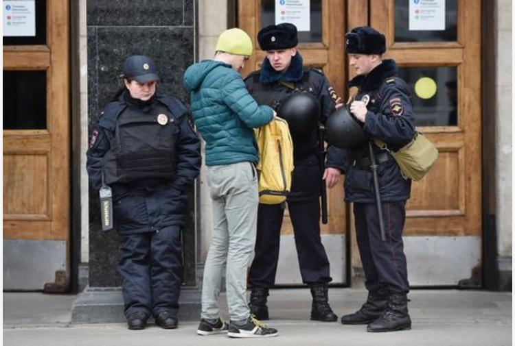 Mosca. Arrestato un uomo accusato di aver organizzato l'attacco a San Pietroburgo