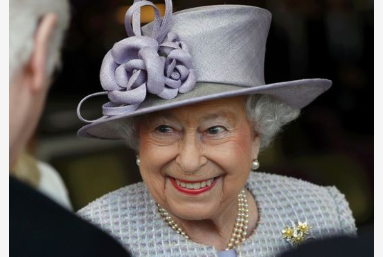 gb la regina elisabetta compie oggi 91 anni tiscali notizie