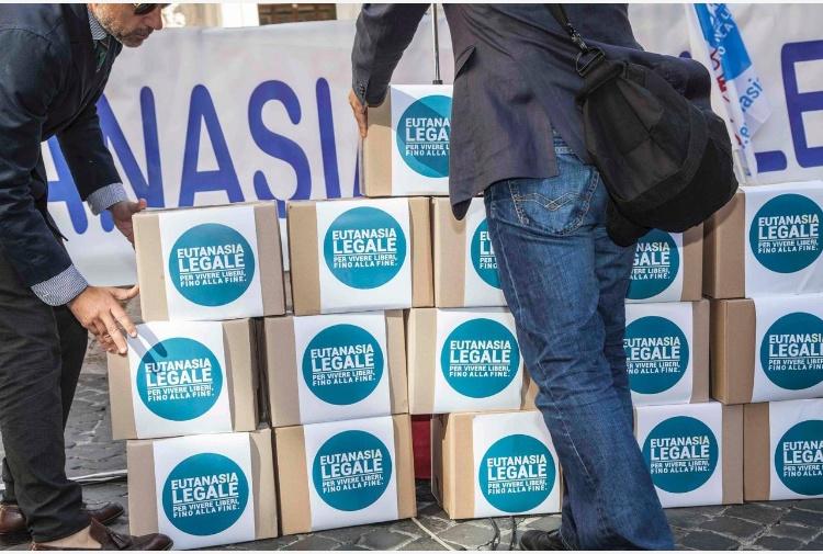 Biotestamento, la protesta dei parroci in Molise: campane a morto