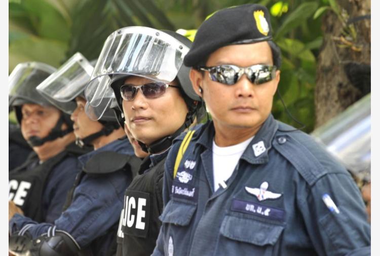 Thailandia, uccide la figlia in diretta. Facebook: scioccante