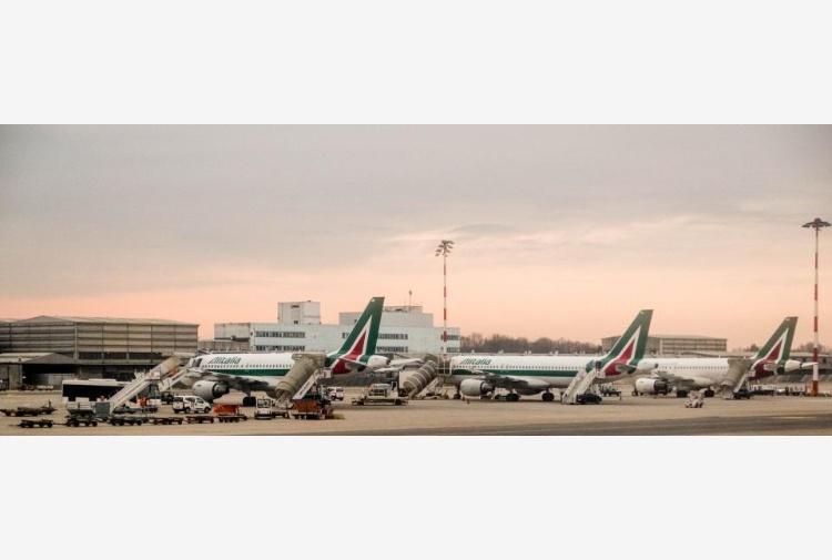 Per Alitalia arriva commissario, no nazionalizzazione