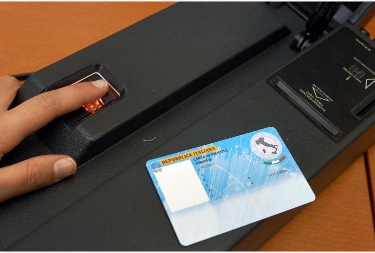 Carta d'identità elettronica al via in 350 Comuni: ecco come fare