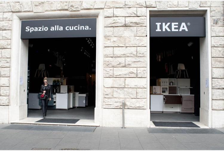 ikea sbarca nel cuore di roma, aperto in centro un negozio ... - Negozio Cucina Roma