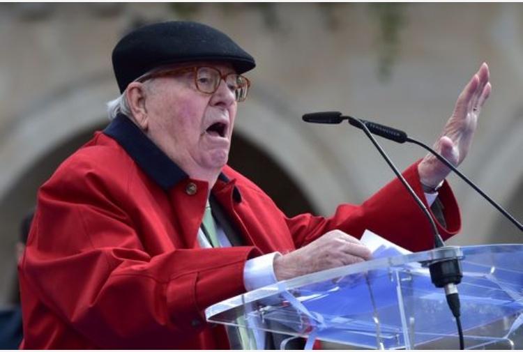 Le Pen padre, ''Marine non è qualificata per fare il presidente''