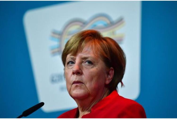 Macron: Merkel,vittoria per Europa unita