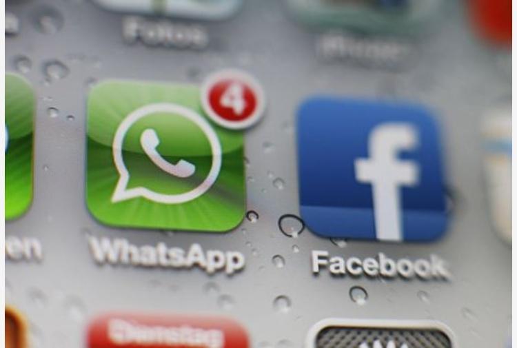 WhatsApp, 3 milioni di multa da Antitrust