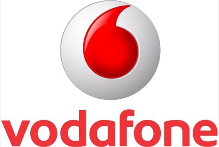 Vodafone: 6,1 mld perdita netta anno