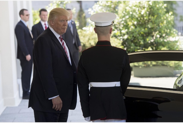 Trump esorta i Paesi Arabi. Cacciate i terroristi
