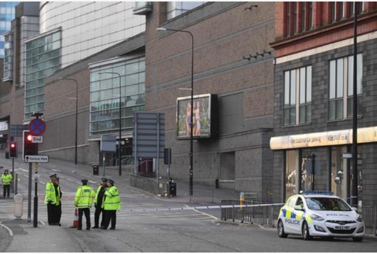 Manchester: almeno 19 morti e 50 feriti. Possibile attacco terroristico