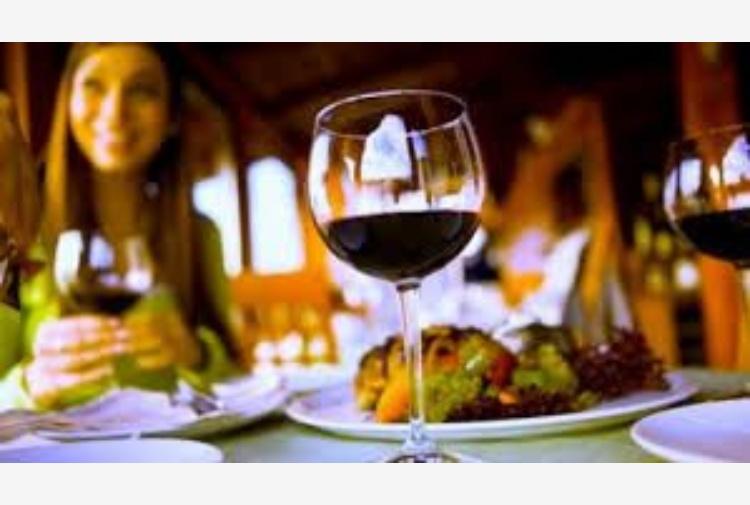 Cantine Aperte, la festa pop del vino compie 25 anni