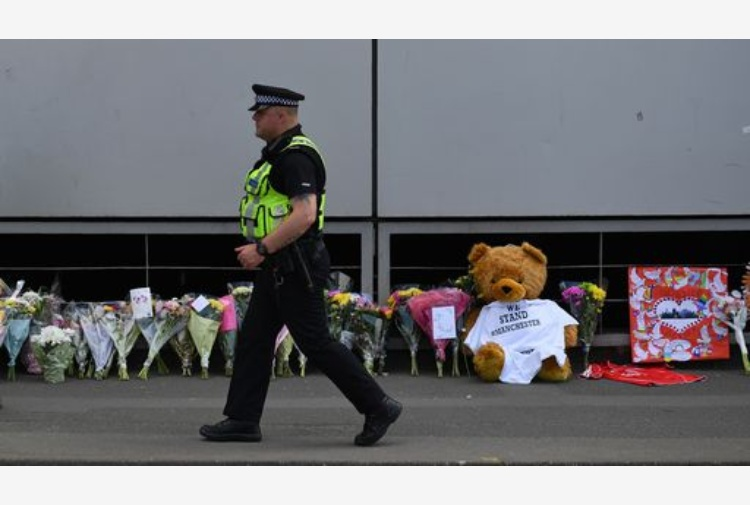 Strage di Manchester, la polizia locale effettua altri due arresti