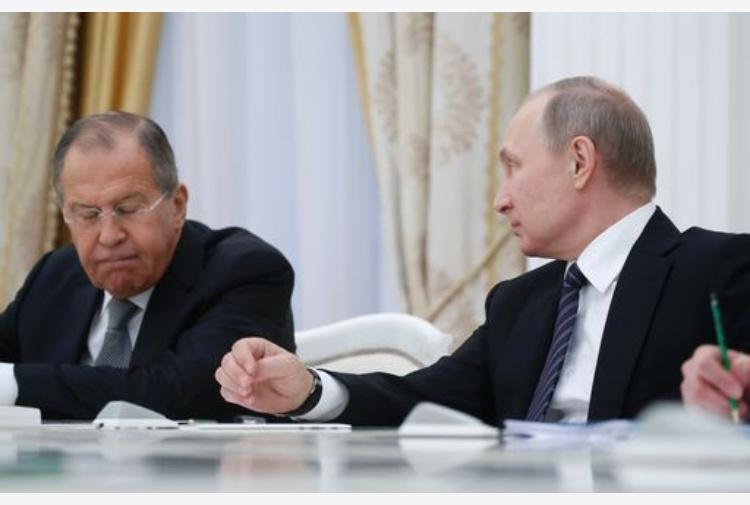 Bilaterale Francia-Russia, Putin da Macron a Versailles