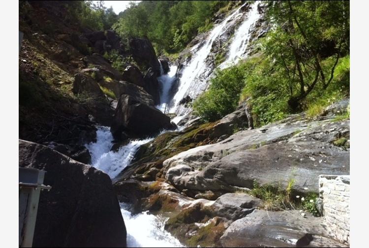 Valle d'Aosta diventa proprietaria acque - Tiscali Notizie