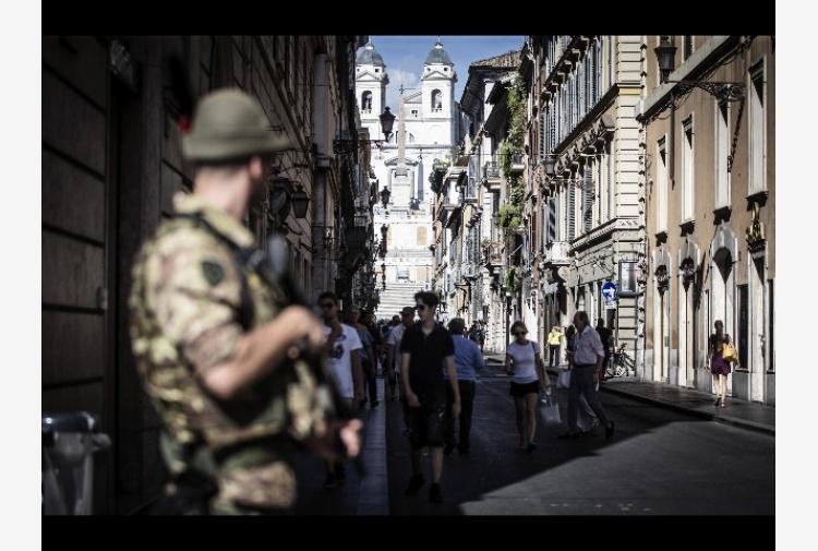 Roma: piano sicurezza, fioriere al Corso