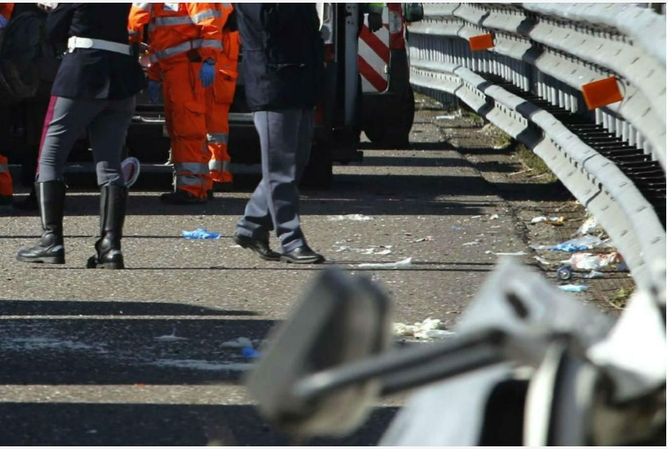 Tragico incidente sull'A14, morte tre donne. I NOMI