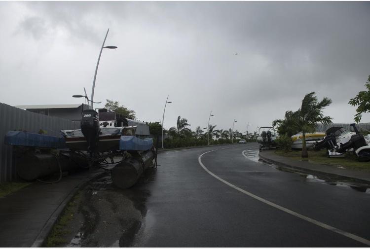 Maltempo, uragano Irma arriva nell'isola di Barbuda nei Caraibi