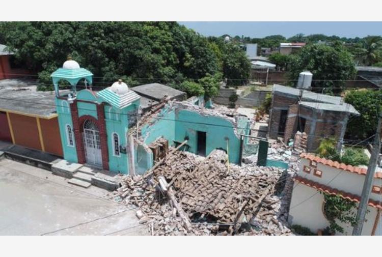 Terremoto Messico: LIVE in una sala giochi, fuori di corsa