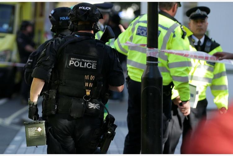 Attentato Londra arrestato 18enne