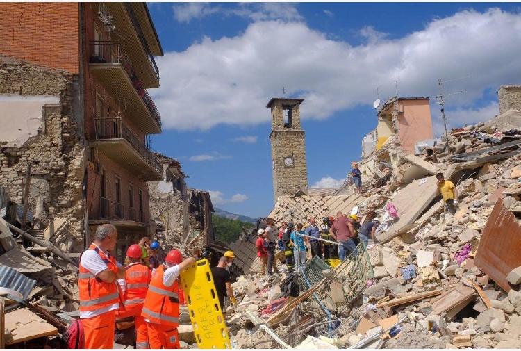 Terremoto di Amatrice: mai giunti i fondi degli sms solidali