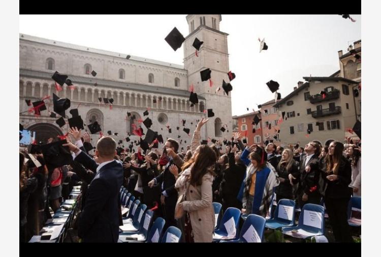 Università: a Trento 562 neolaureati