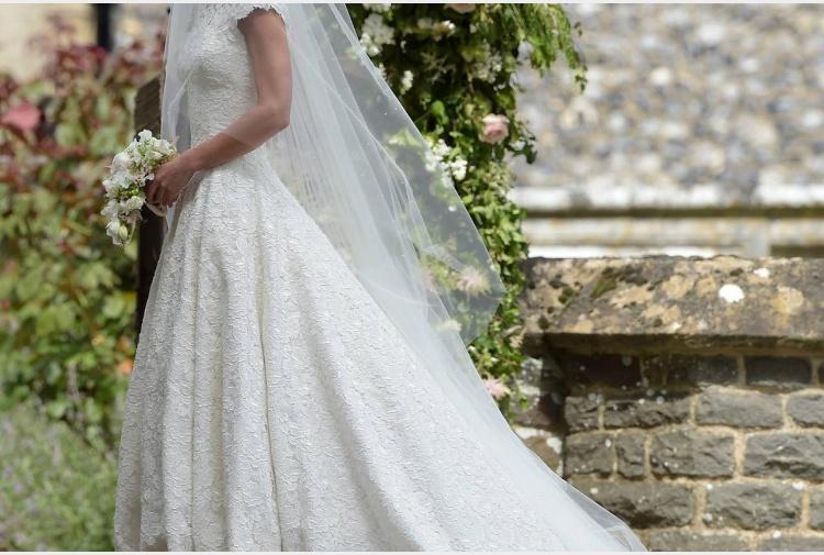 Sposa una 39enne per il permesso di soggiorno denunciati for Matrimonio stranieri senza permesso di soggiorno