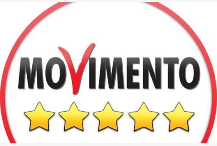 Candidato Movimento 5 Stelle arrestato in Sicilia, il commendo di Di Maio