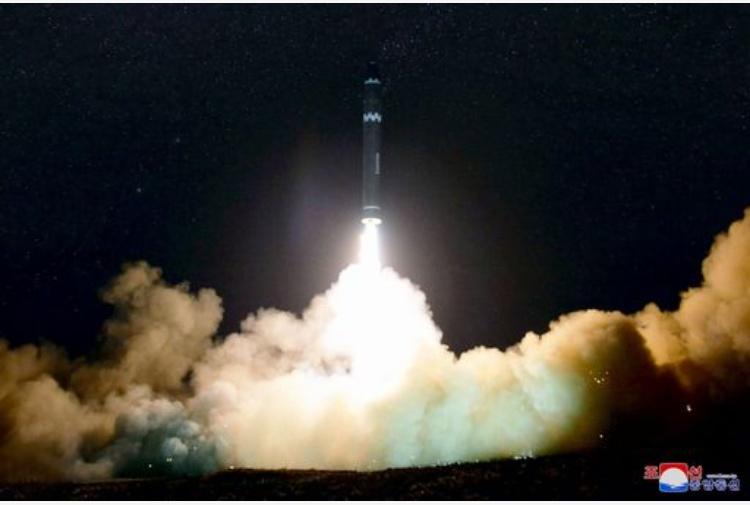 L'equipaggio Cathay Pacific ha visto il missile sparato dalla Nordcorea