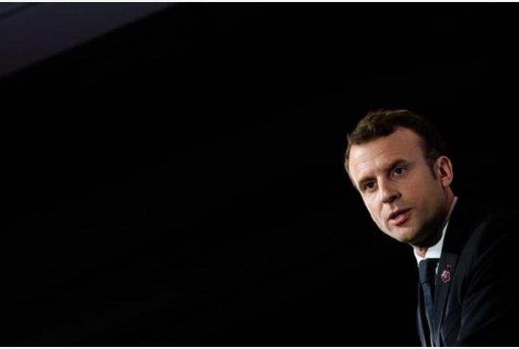 Francia, bimbo ebreo picchiato per strada. Macron: