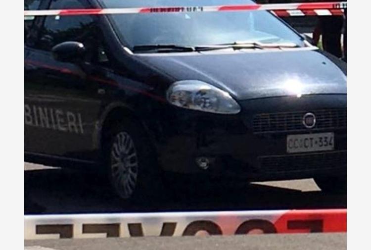 Viareggio, auto pirata travolge due giovani: un morto e un ferito grave